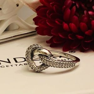 Pandora Knotted ring size 6.25